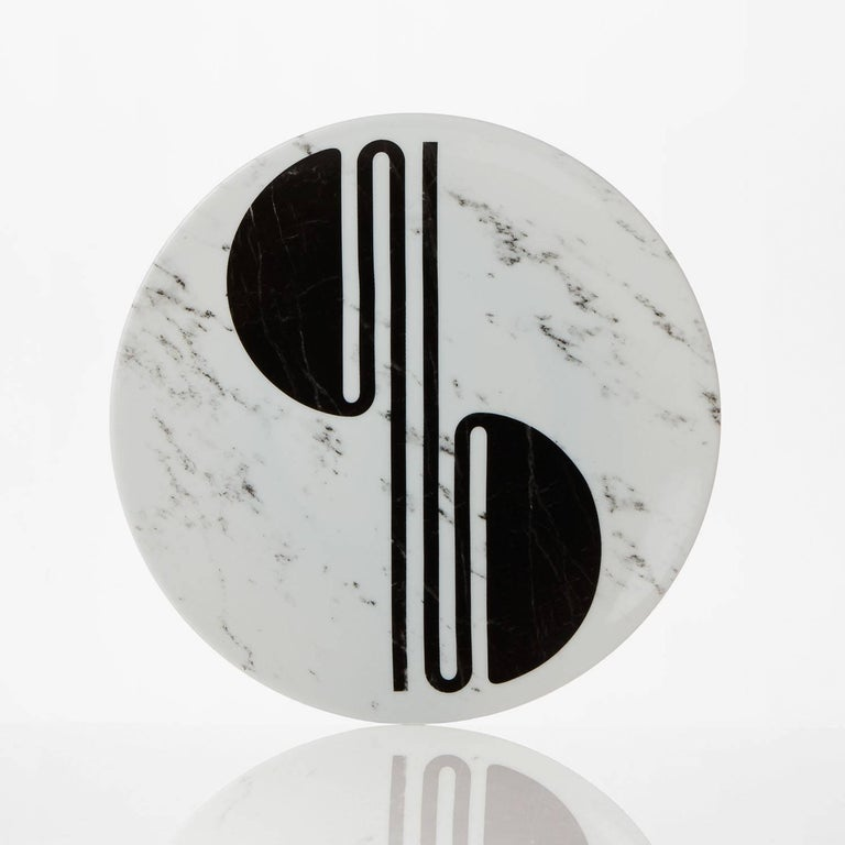 Modern Set of Six Porcelain Plates in Black and White by Etienne Bardelli For Sale 3