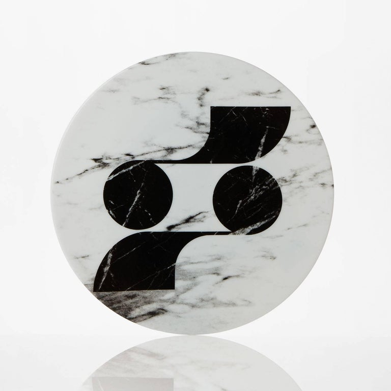 Modern Set of Six Porcelain Plates in Black and White by Etienne Bardelli For Sale 4