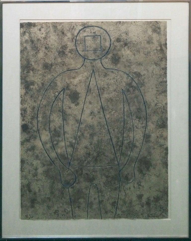FIGURA DE HOMBRE EN AZUL CON FONDO GRIS - Print by Rufino Tamayo