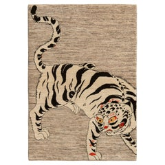 Rug & Kilim's Classic Style Tiger Rug in White and Gray Pictorial Pattern