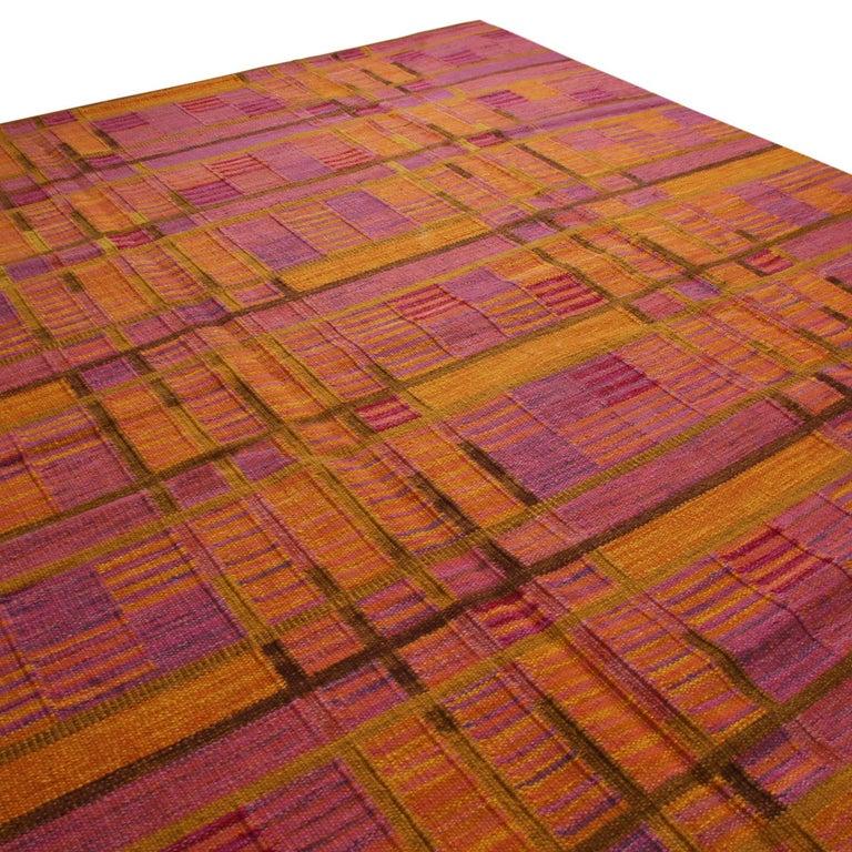 Scandinavian Modern Rug & Kilim's Scandinavian-Inspired Gold and Pink Chenille Wool Kilim Rug For Sale