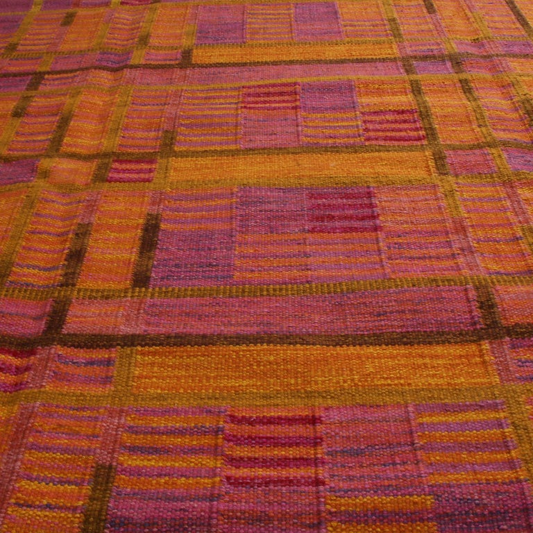 Indian Rug & Kilim's Scandinavian-Inspired Gold and Pink Chenille Wool Kilim Rug For Sale