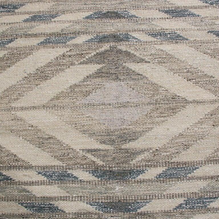 Scandinavian Modern Rug & Kilim's Scandinavian Inspired Gray and Beige Wool Kilim Rug For Sale