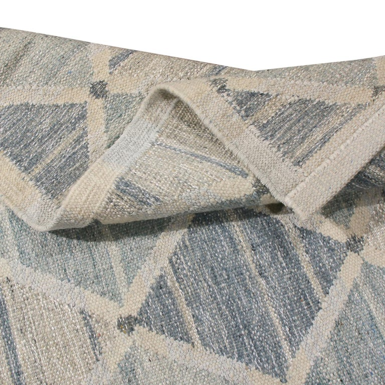 Hand-Woven Rug & Kilim's Scandinavian-Inspired Silver-Gray and Blue Wool Kilim Rug For Sale