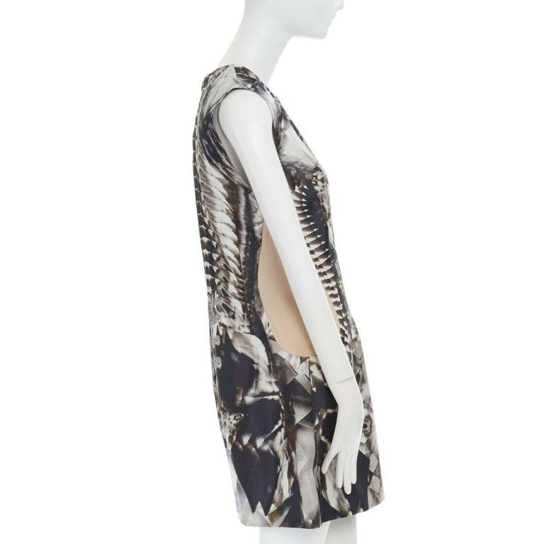 runway ALEXANDER MCQUEEN SS09 silver kaleidoscope skeleton illusion mesh dress M For Sale 1