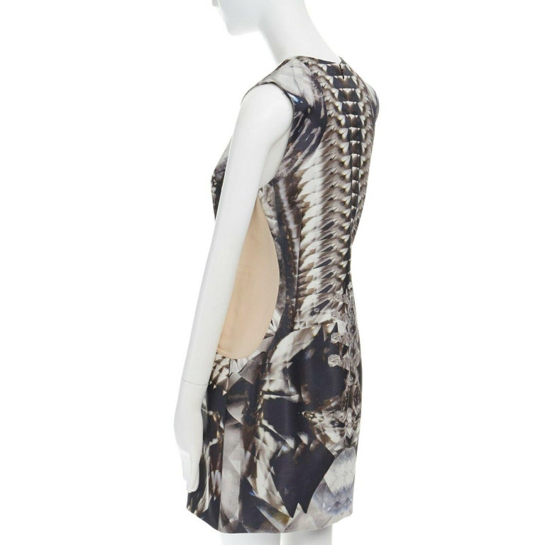 runway ALEXANDER MCQUEEN SS09 silver kaleidoscope skeleton illusion mesh dress M For Sale 3