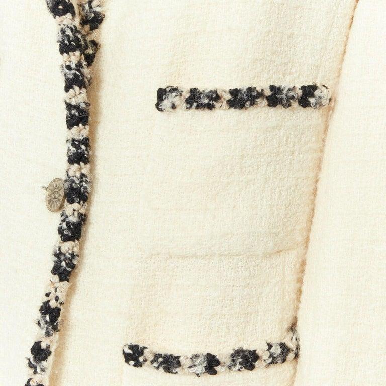 runway CHANEL 06A cream tweed black trim lapel 4 pocket school boy jacket FR46 3
