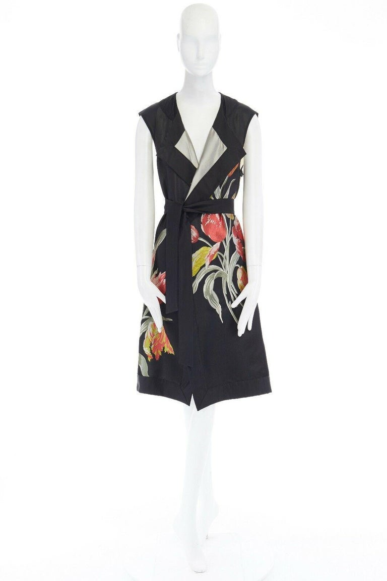 runway DRIES VAN NOTEN SS14 black floral jacquard silk cotton back belted vest S In Good Condition For Sale In Hong Kong, NT