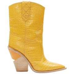 runway FENDI AW18 yellow mock croc leather pointy wood heel western boot EU40