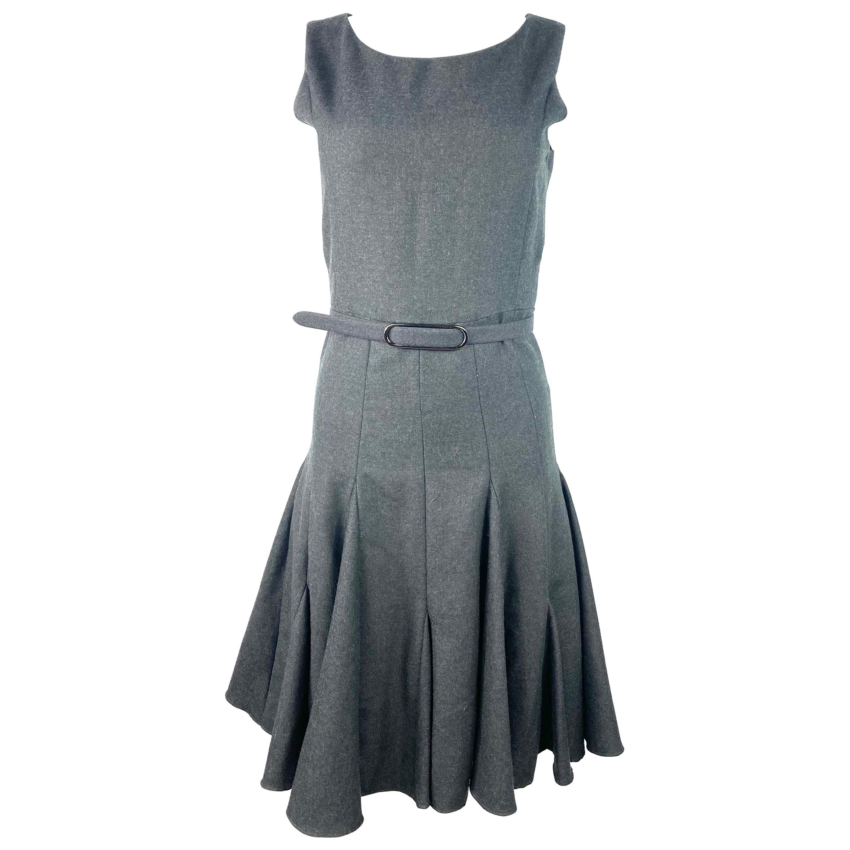 Runway Oscar De La Renta Grey Wool Sleeveless Dress, Size 2
