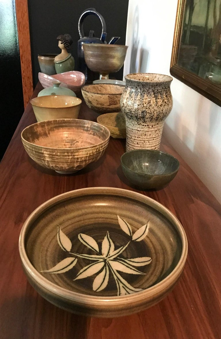 Rupert Deese Mid-Century Modern California Studio Pottery Ceramic Floral Bowl For Sale 2