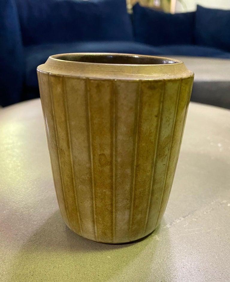 American Rupert Deese Mid-Century Modern California Studio Pottery Ceramic Vase Vessel For Sale