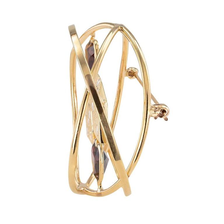 Round Cut Ruser Garnet Diamond Yellow Gold Dice Brooch For Sale