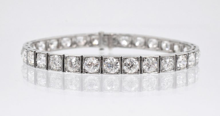 Ruser!  Classic Vintage diamond line bracelet in platinum with 30 fine