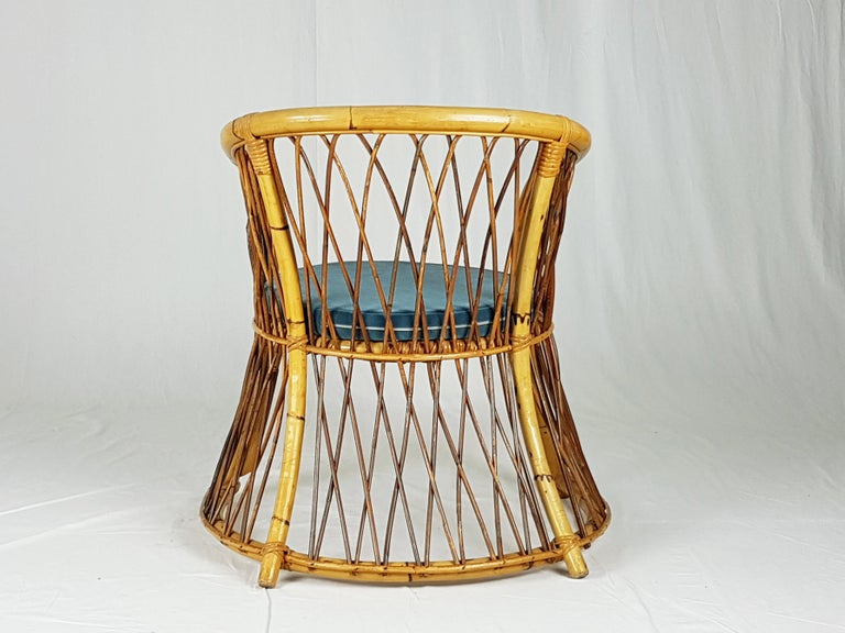 Rush, Rattan and Mid Blue Velvet, 1960s Armchair Attributed to Bonacina For Sale 5