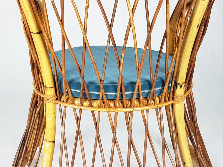 Rush, Rattan and Mid Blue Velvet, 1960s Armchair Attributed to Bonacina For Sale 6