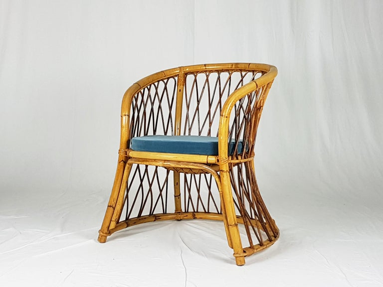 Mid-20th Century Rush, Rattan and Mid Blue Velvet, 1960s Armchair Attributed to Bonacina For Sale