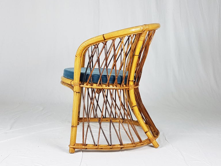 Rush, Rattan and Mid Blue Velvet, 1960s Armchair Attributed to Bonacina For Sale 2