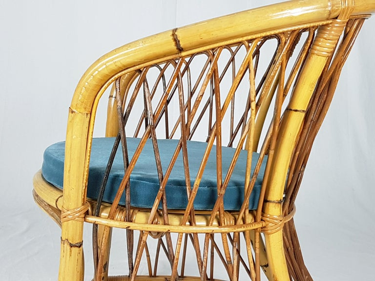 Rush, Rattan and Mid Blue Velvet, 1960s Armchair Attributed to Bonacina For Sale 3