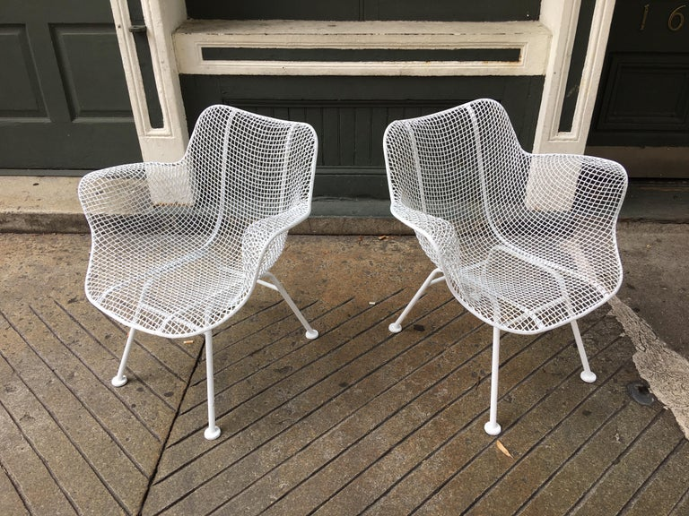 American Russel Woodard Set of 5 Armchairs For Sale