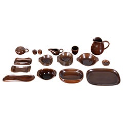Russel Wright for Steubenville Pottery American Modern 28-Piece Dinnerware Set