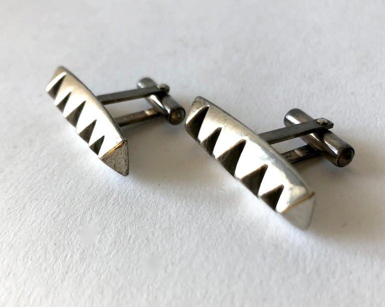 Russell Secrest Sterling Silver American Modernist Cufflinks In Good Condition For Sale In Los Angeles, CA