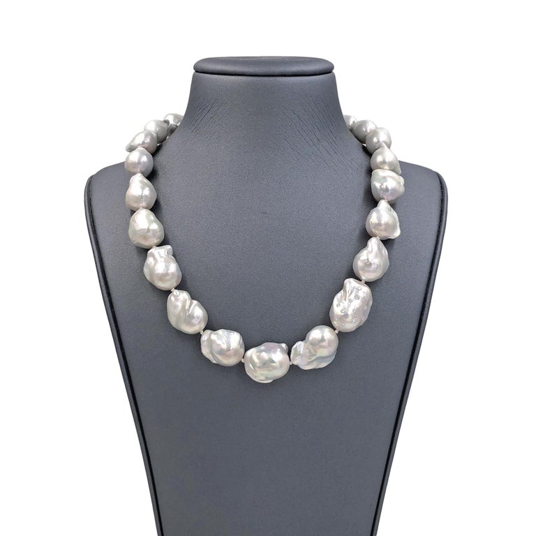 717505e451682 Russell Trusso White Diamond Rainbow White Freshwater Pearl Strand Necklace