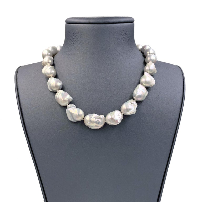 Round Cut Russell Trusso White Diamond Rainbow White Freshwater Pearl Strand Necklace
