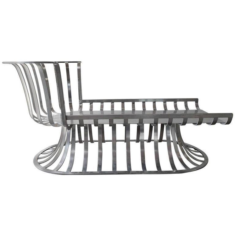 Less common to find. Original Russell Woodard Aluminum Chaise. Very clean. Just needs pillows fabricated for it. I have reference photos for what this looks like. Please email to request.