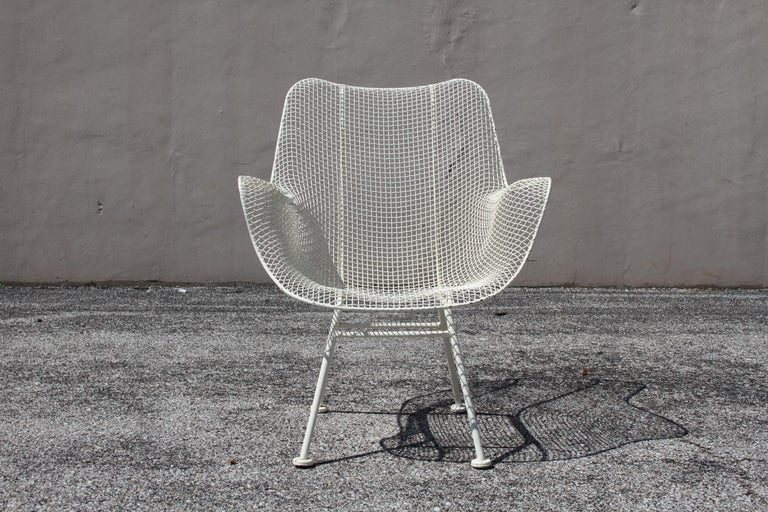 Russell Woodard Mid-Century Modern White Mesh Sculptura High Back Lounge Chair  For Sale 9