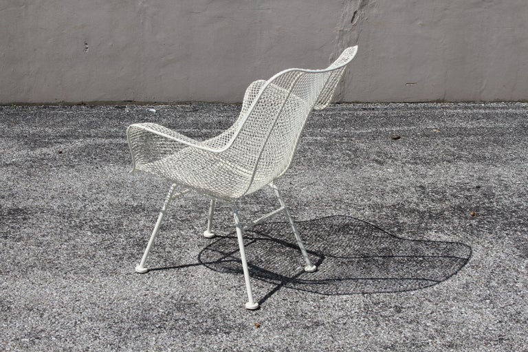 Russell Woodard Mid-Century Modern White Mesh Sculptura High Back Lounge Chair  For Sale 2