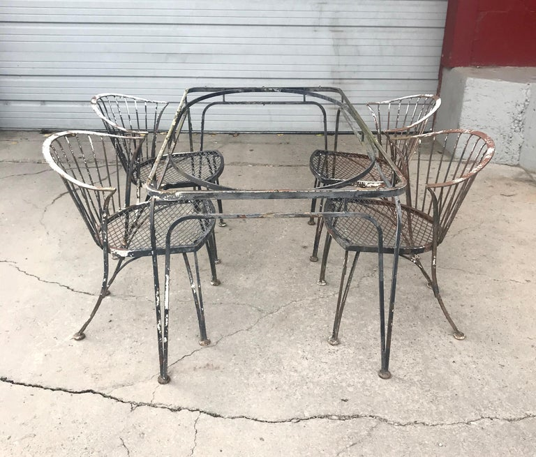 American Russell Woodard Rare Set of 4 Klismos Chairs and Table For Sale