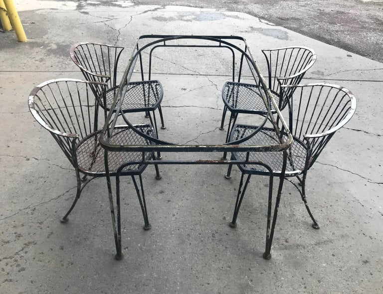 Russell Woodard Rare Set of 4 Klismos Chairs and Table For Sale 2