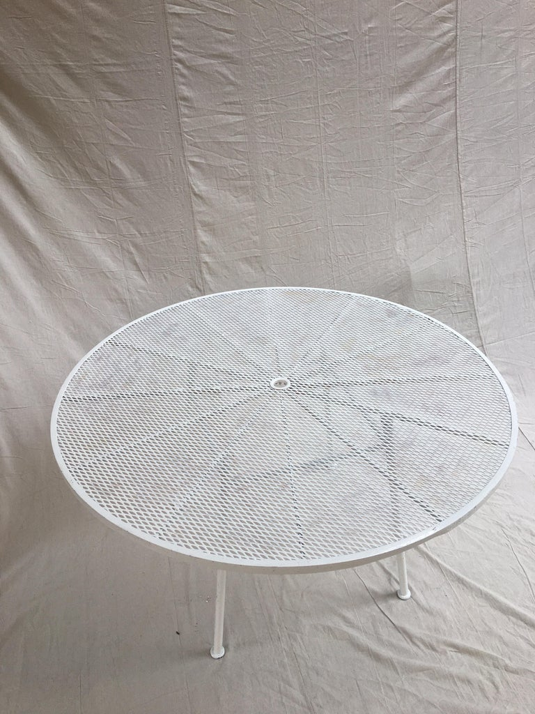 Metal Russell Woodard Round Patio Table For Sale