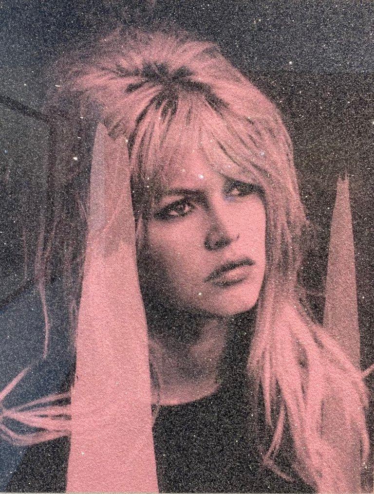 Bardot on Paper, Pink