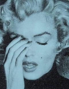 Marilyn Crying, Smoldering Blue