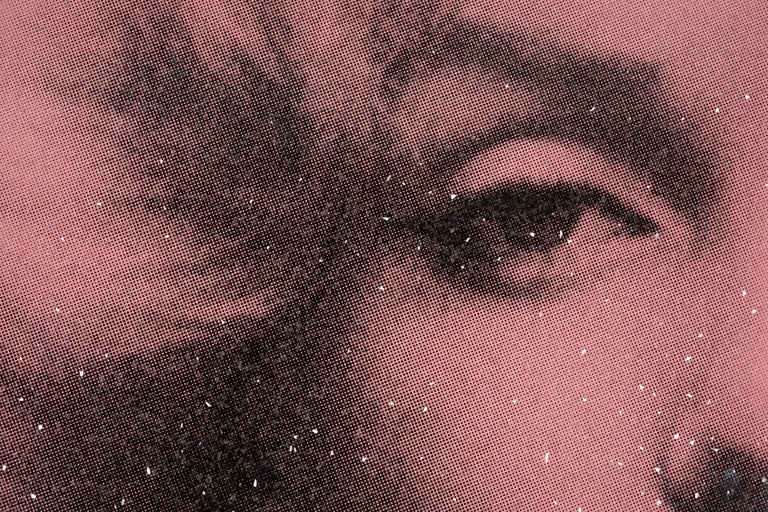 Marilyn with Diamond Dust (2019) by Russell Young has a superstar finish in the rose pink hue. Shimmering in the light with thousands of Diamond Dust flakes, this artwork shines with incredible depth and glow. This newly released series is