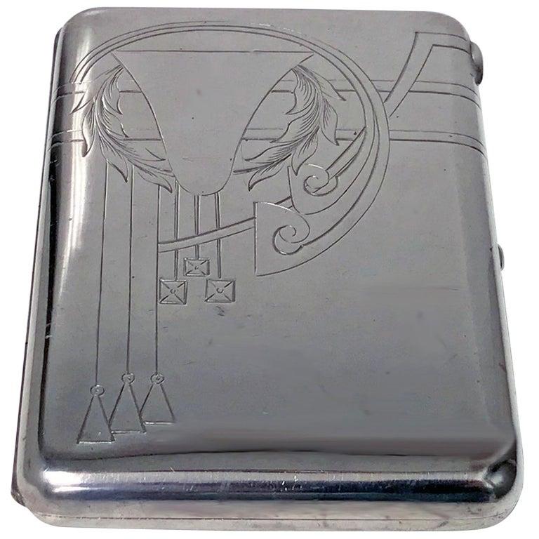 Russian Silver Cigarette Case, 1908-1926, Feodosii Ivanovich Pekin, Moscow For Sale