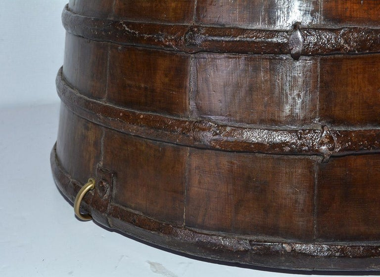 20th Century Rustic Antique Chinese Water Bucket Jar Shape Lamp For Sale