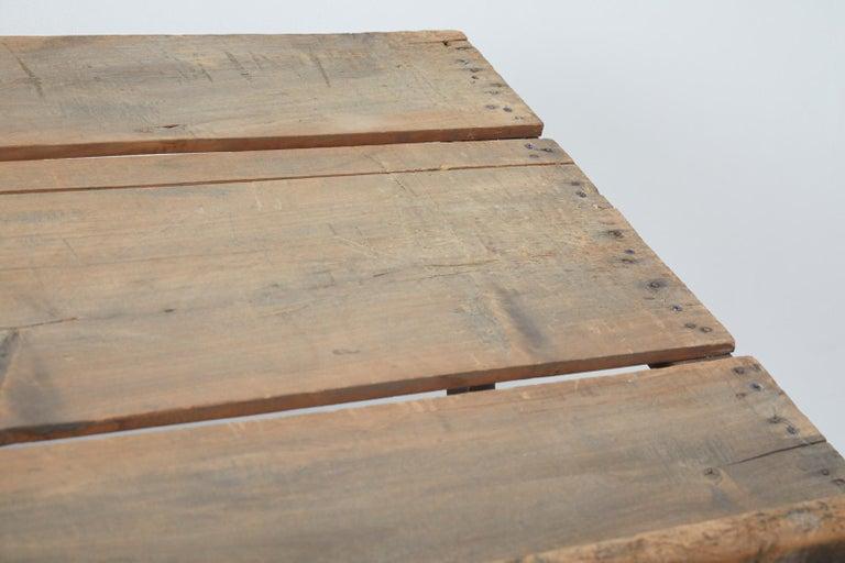 Rustic Barnwood Pine Three Shelf Display Étagère For Sale 4