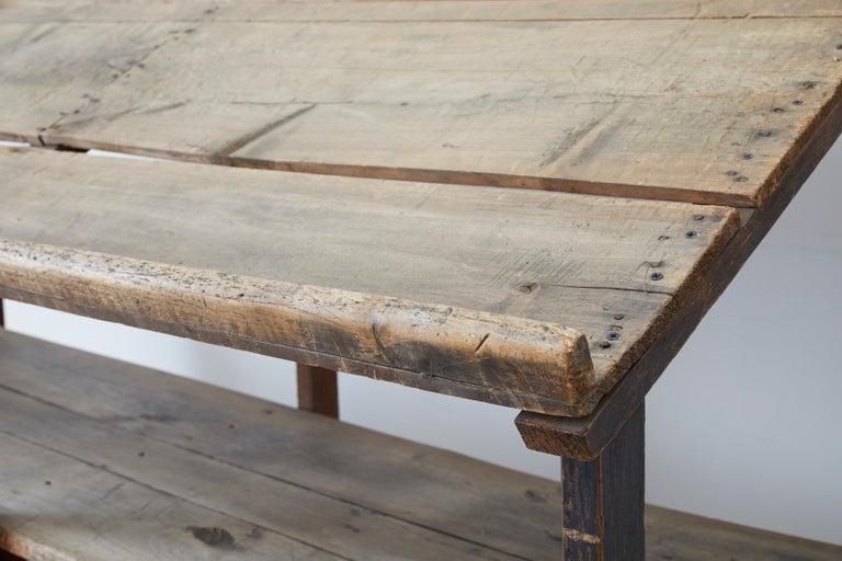 Rustic Barnwood Pine Three Shelf Display Étagère For Sale 5