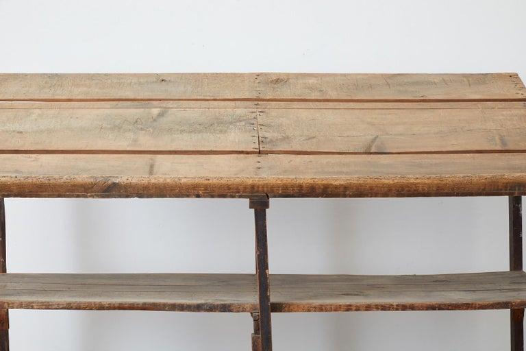 Rustic Barnwood Pine Three Shelf Display Étagère For Sale 8