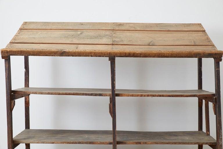 Rustic Barnwood Pine Three Shelf Display Étagère For Sale 9