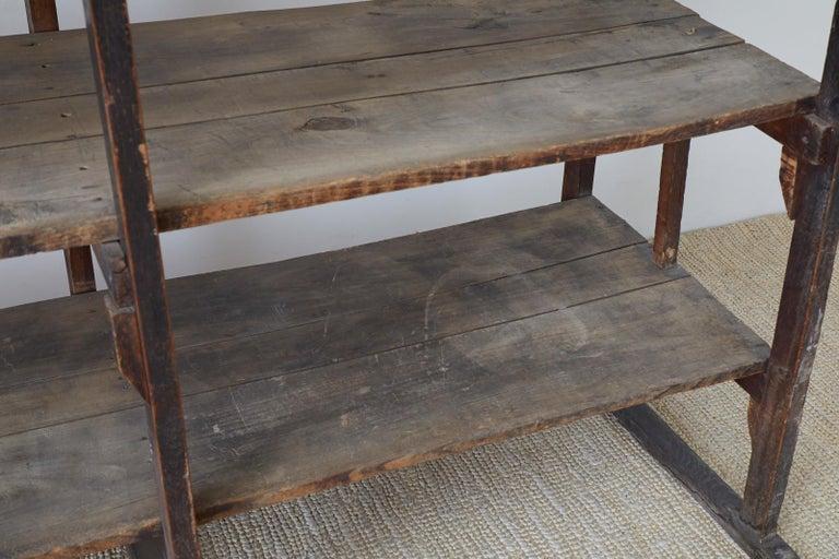 Rustic Barnwood Pine Three Shelf Display Étagère For Sale 11