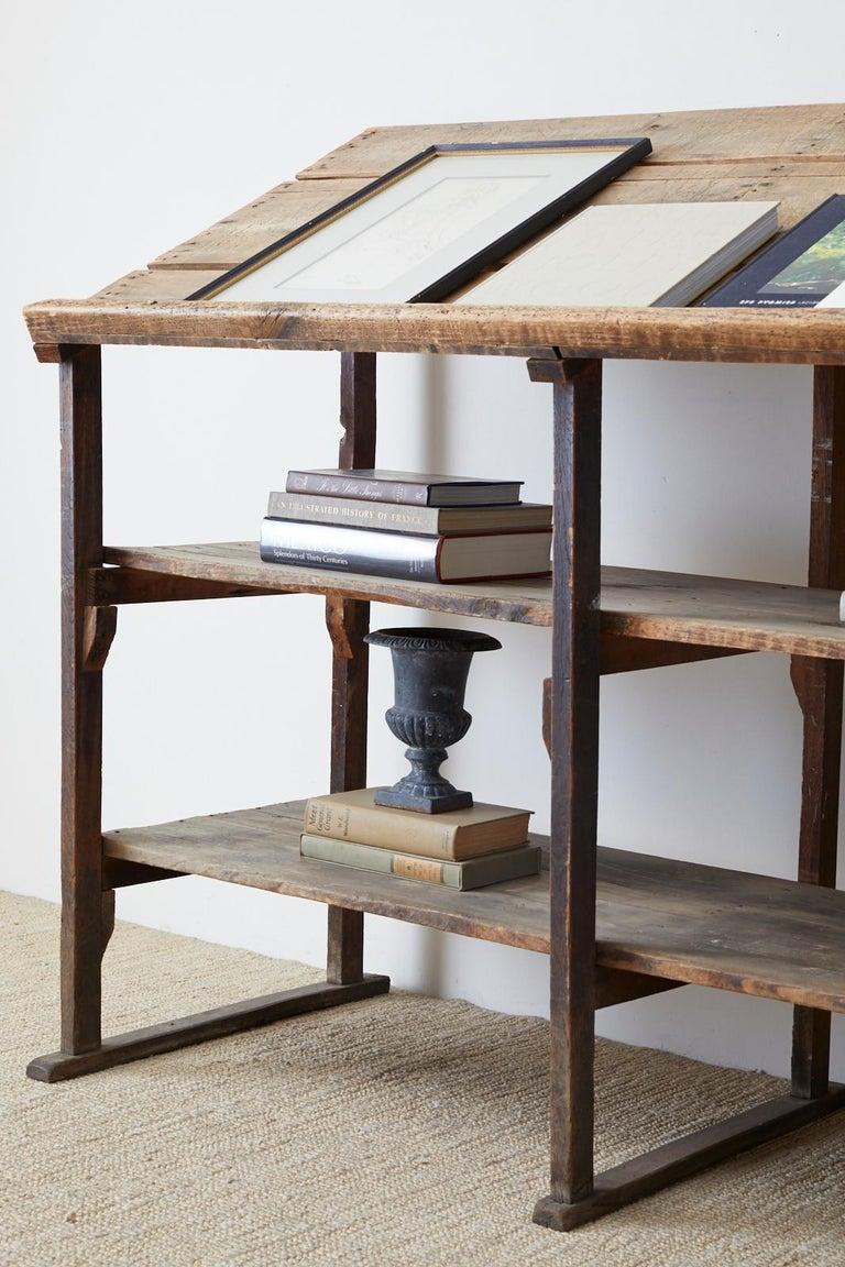 Rustic Barnwood Pine Three Shelf Display Étagère For Sale 14