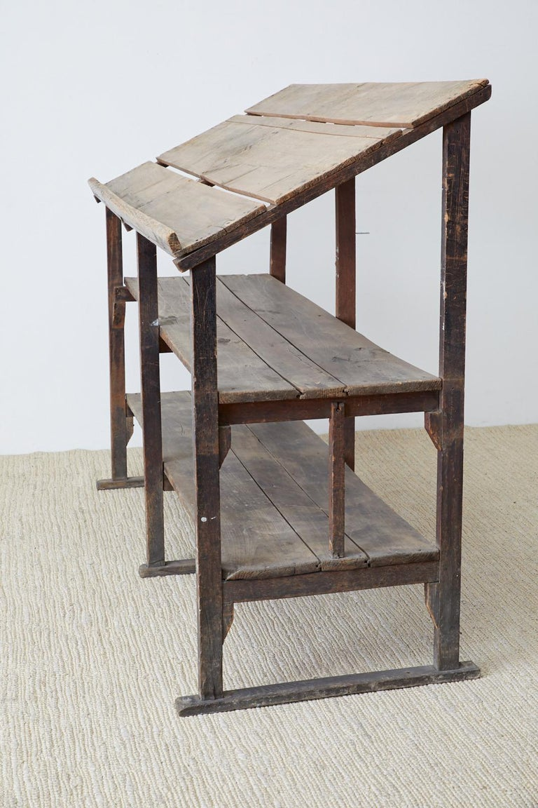 Rustic Barnwood Pine Three Shelf Display Étagère For Sale 1