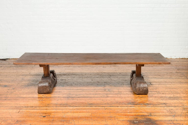 Rustic Chinese 19th Century Elm Coffee Table with Large Scrolling Feet For Sale 8