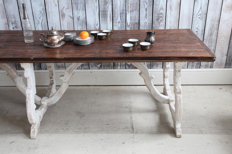 Hand-Crafted Country House Dining Table From Tuscany, Italy For Sale