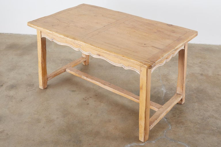 Rustic French Provincial Style Pine Farmhouse Dining Table In Distressed Condition For Sale In Oakland, CA