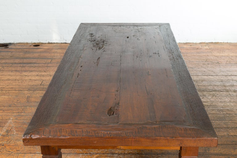 Rustic Indonesian 19th Century Coffee Table with Tapered Legs For Sale 6
